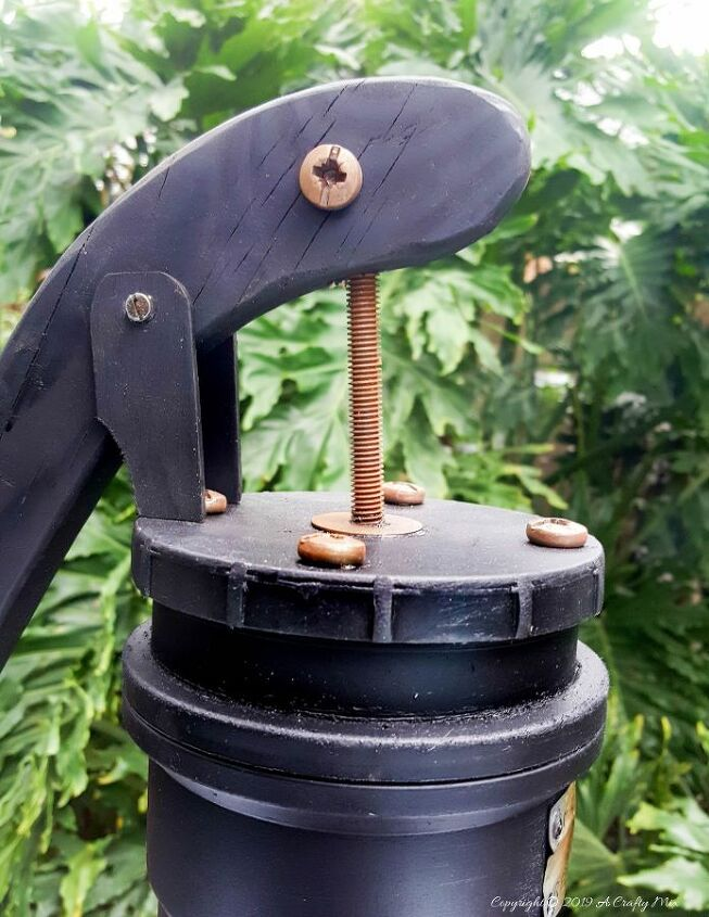 how to make a sham hand water pump