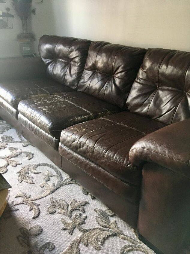 q fix the leather on this couch