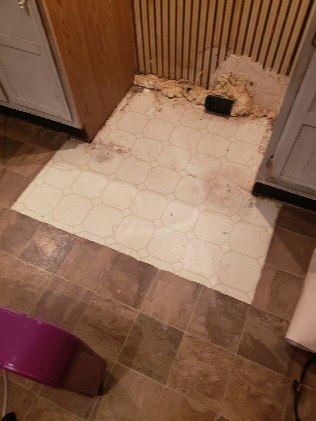 q what can i use to patch a section of vinyl flooring in my kitchen