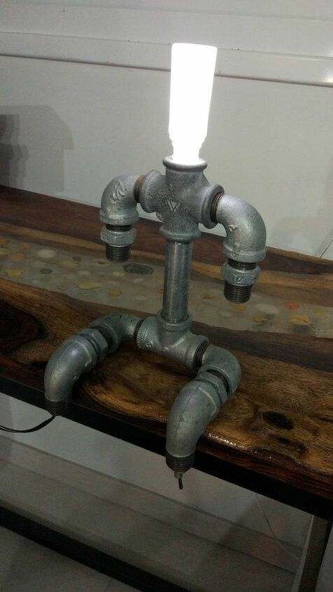 industrial iron pipe lamp