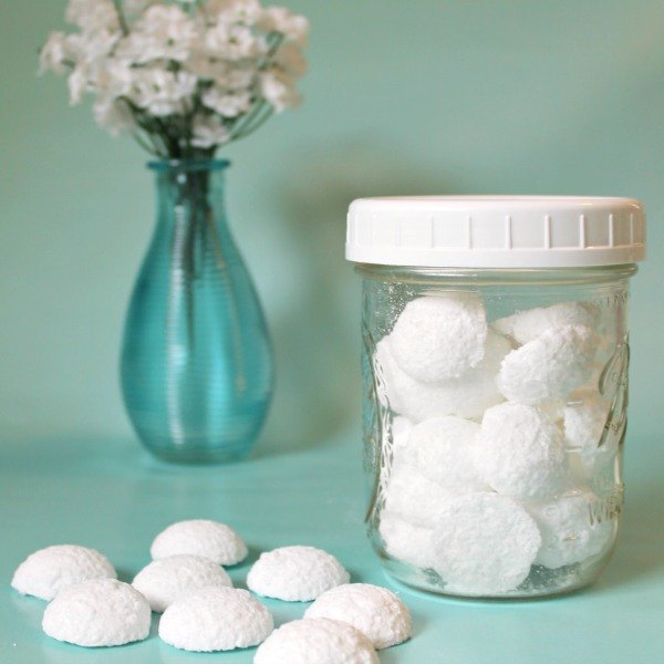 diy toilet cleaning fizzy tablets