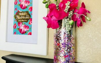 DIY Glass Glitter Vase