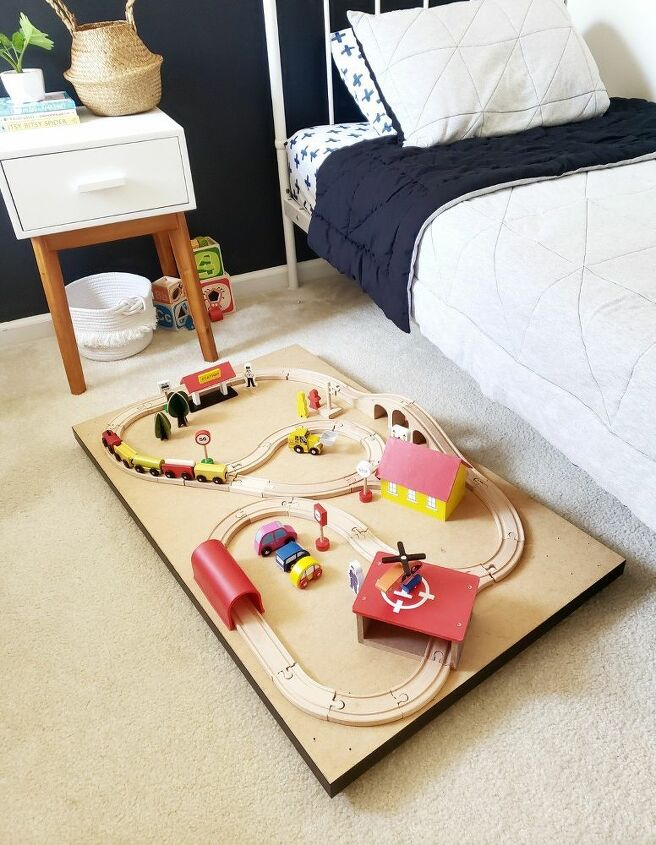 trundle train table