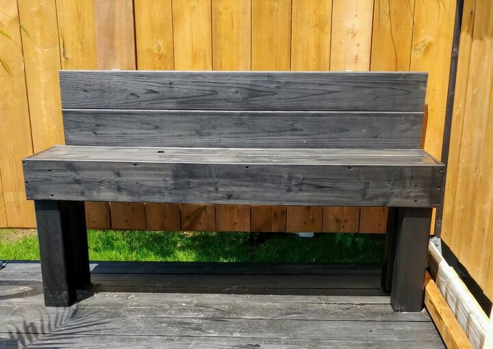 the little bench with great ambitions