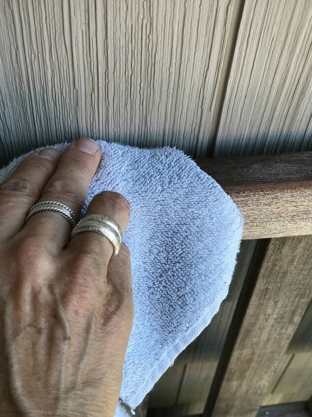 cleaning and maintaining a teak bench