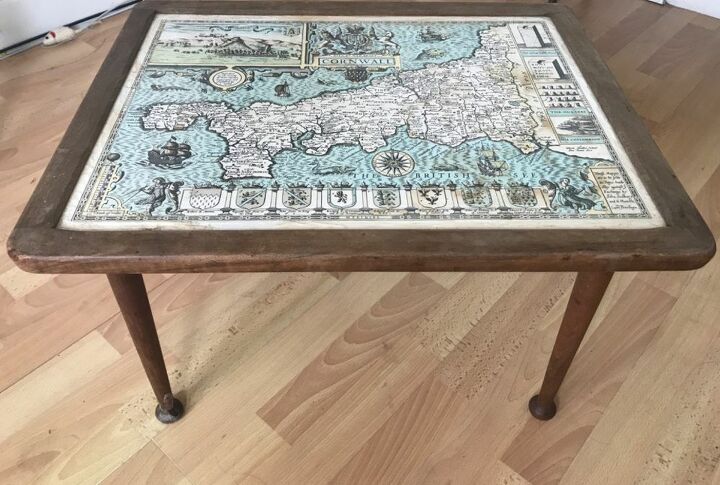 Full map coffee table with potential!