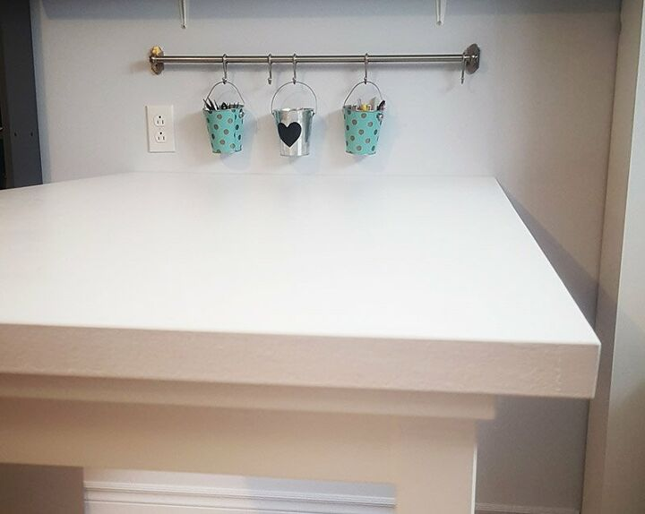 how to build a thrifty craft table