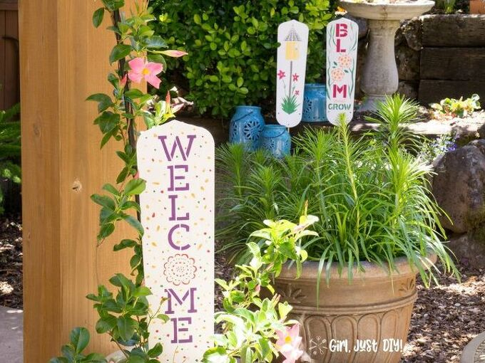 cute garden signs from old fan blades a repurpose upcycle project