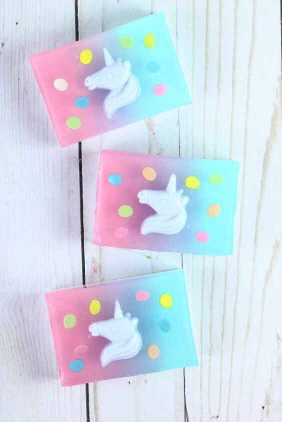 unicorn melt and pour soap