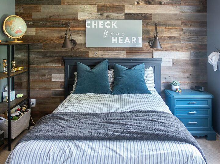 super easy wood plank wall