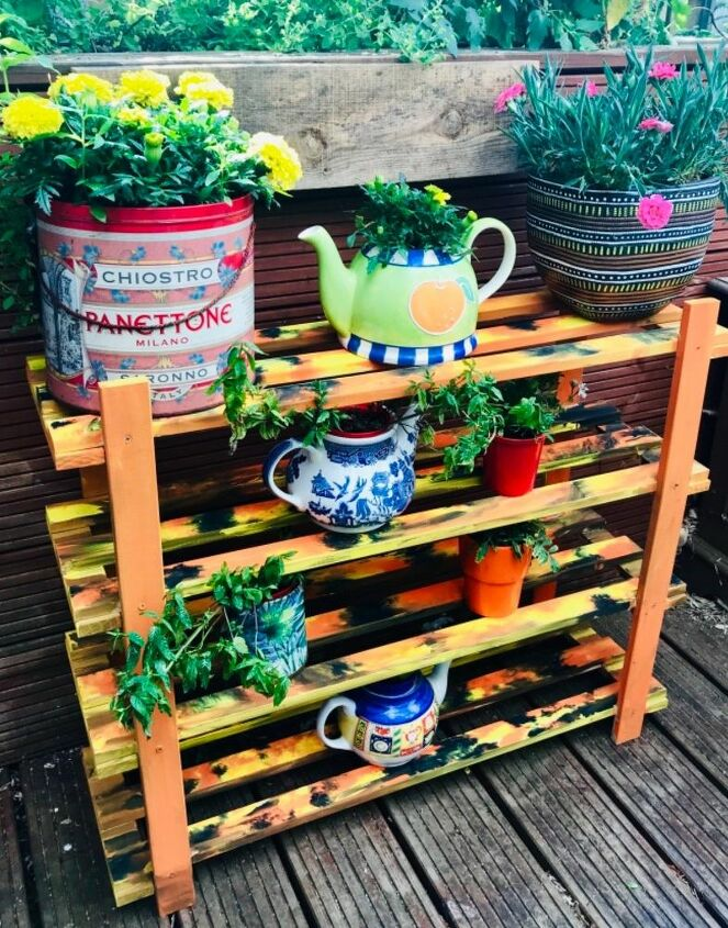 Unicorn spit  & gel stain plant stand