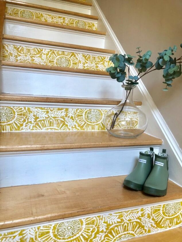 Quick DIY Staircase Makeover