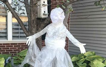 Packing Tape Ghost Tutorial: Spooky DIY Halloween Decoration