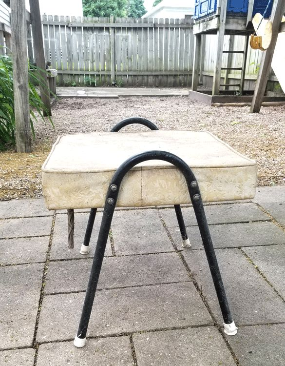 giving new life to an outdoor footrest