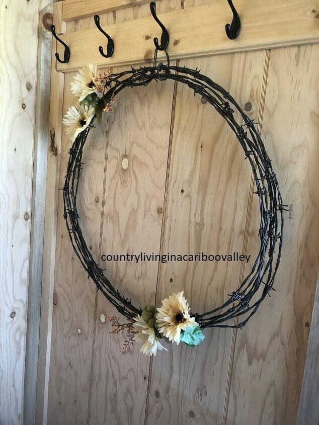 make a metal art wreath
