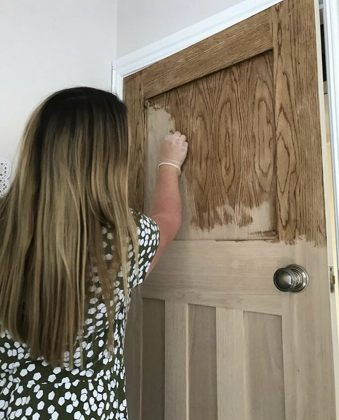 Adding the wax to the door