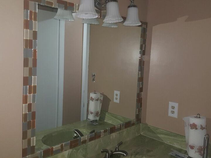 q decorate mirror with glass tile