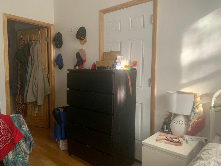 q cover up ugly door in rental apt