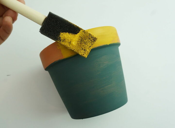 gold metallic terracotta flower pots