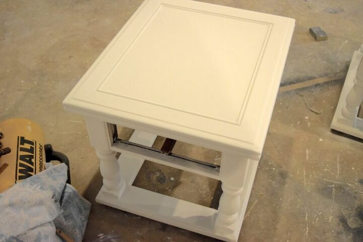 how to chalk paint your furniture give it a distressed look