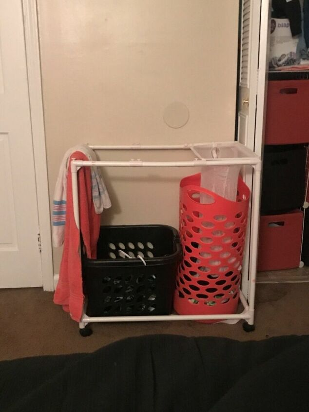 q how do i make a laundry basket