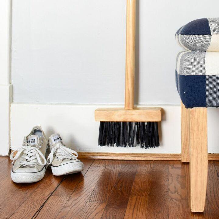 0 schoolhouse style wood broom