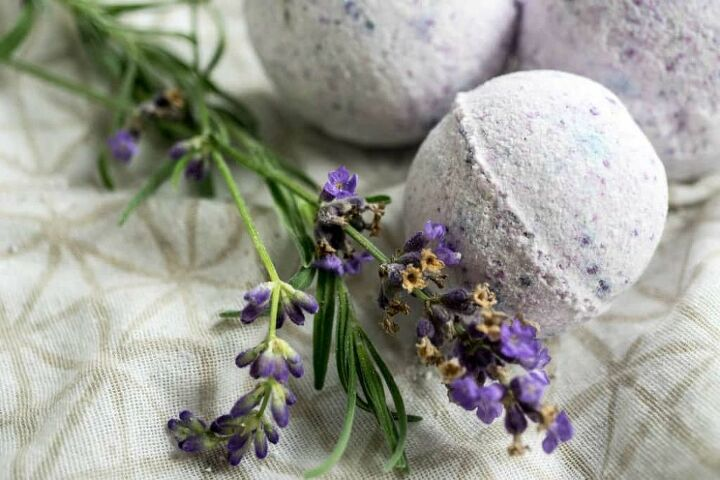 lavender vanilla essential oil bath bombs