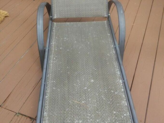 q how to paint webbed backyard lounge chairs n