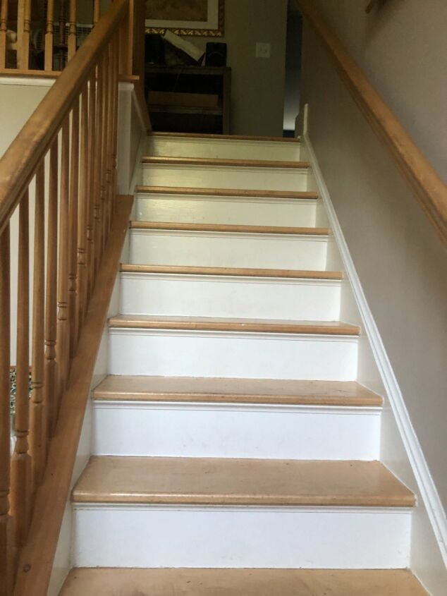 s 8 diy makeovers that ll make you say wow, BEFORE This ho hum staircase
