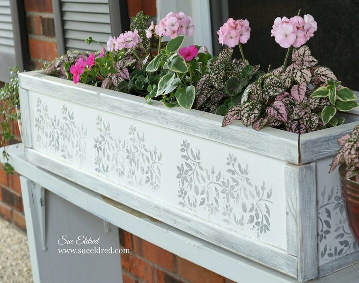 the ugly planter box makeover