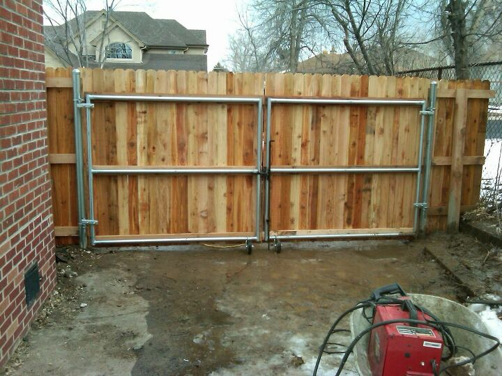 q what is the best material for fencing how do you protect wooden gate