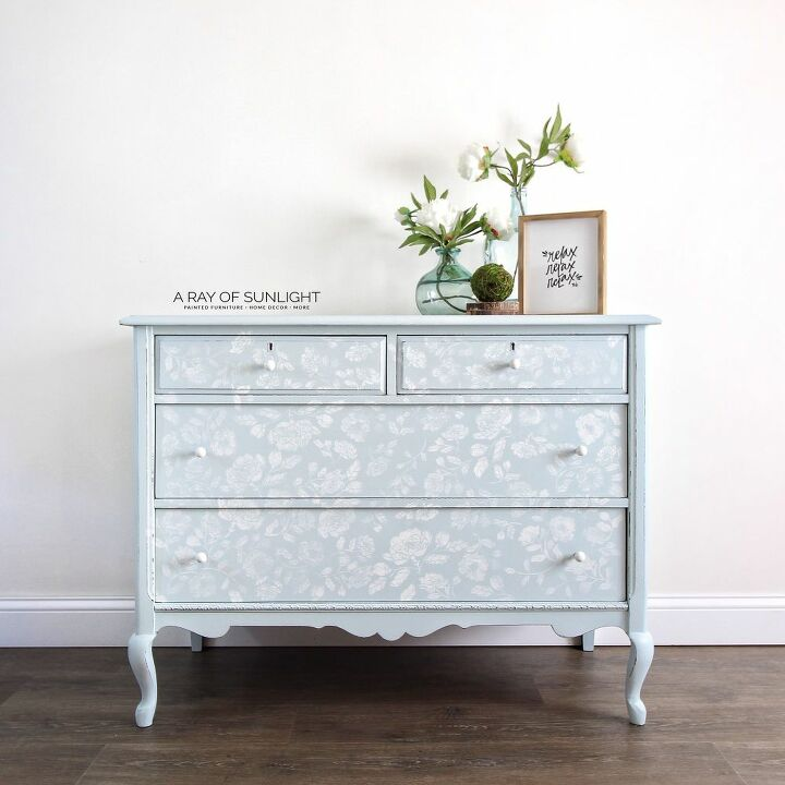 how to easily paint flowers on furniture