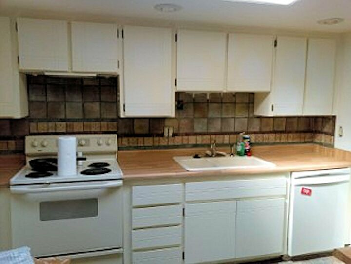 s 11 diy room makeovers to get you inspired to do your own, BEFORE This kitchen needed a face lift