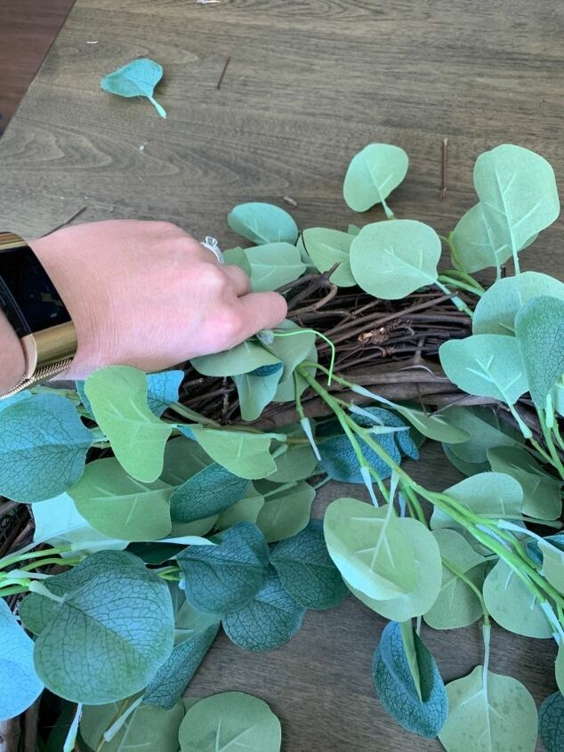easy diy cotton farmhouse wreath