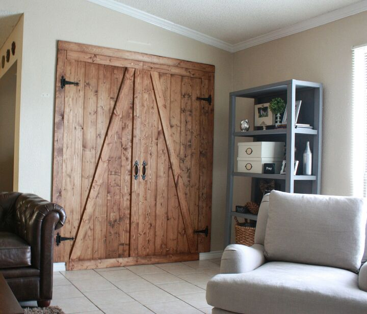 s 21 farmhouse accents to add to your home, If this faux barn door room divider doesn t scream farmhouse we don t know what does