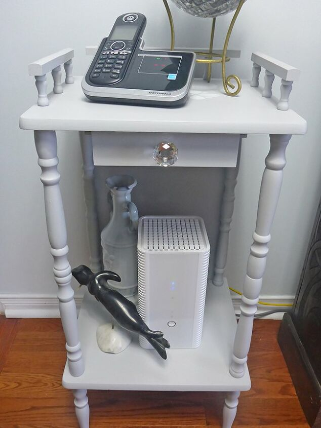 telephone table makeover to hide those unsightly cables