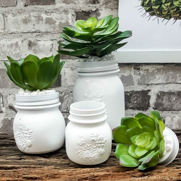 succulicious mason jar storage idea