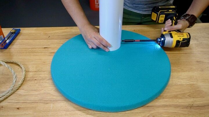 how to make a cat scratching post with pvc pipe