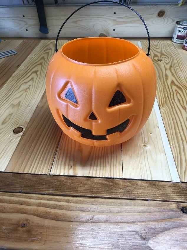 Plastic Pumpkin Pail