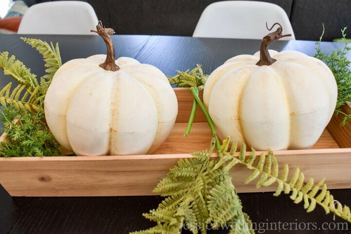 easy diy pumpkin centerpiece