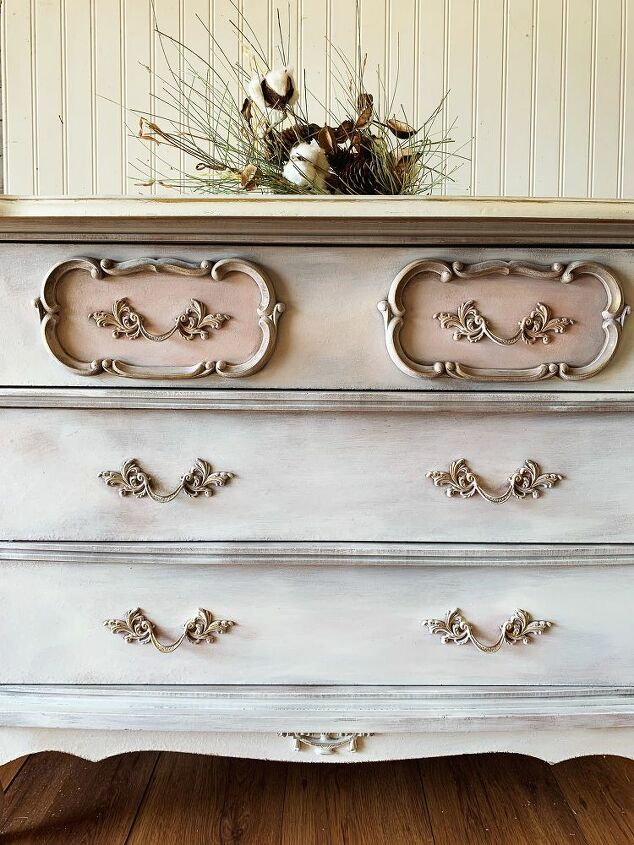 how to chalk paint vintage furniture