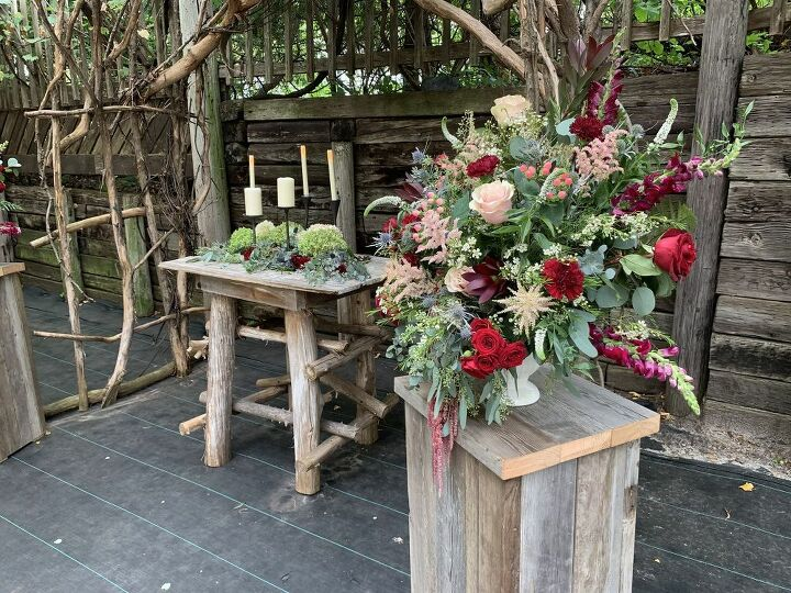 easy to build rustic plant stands from reclaimed lumber