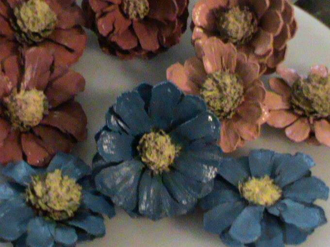 how to make pine cone flowers and simple pine cone wall art