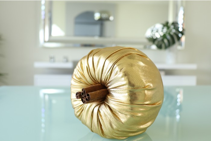 how to make a pumpkin with toilet paper