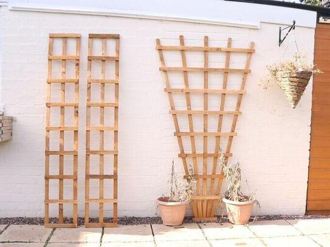 how to make hang wooden trellis