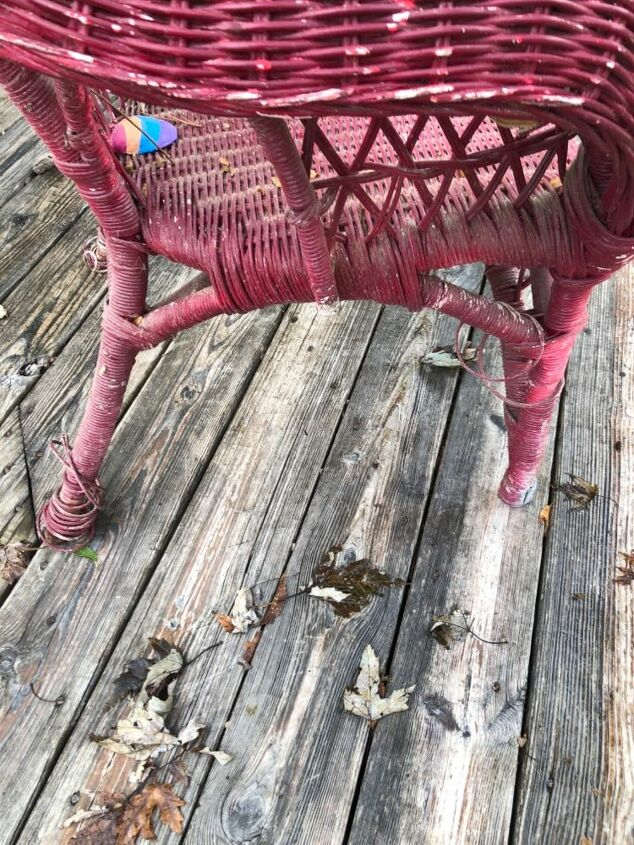 q how do i repair this wicker chair