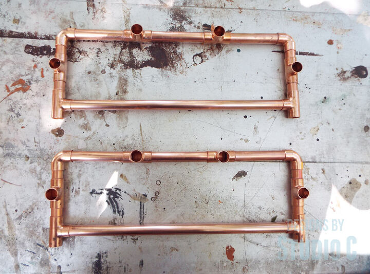 an easy to build table with a copper pipe frame