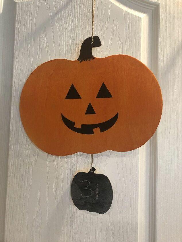 dollar store halloween countdown calendar