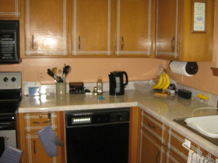Before of right side of kitchen