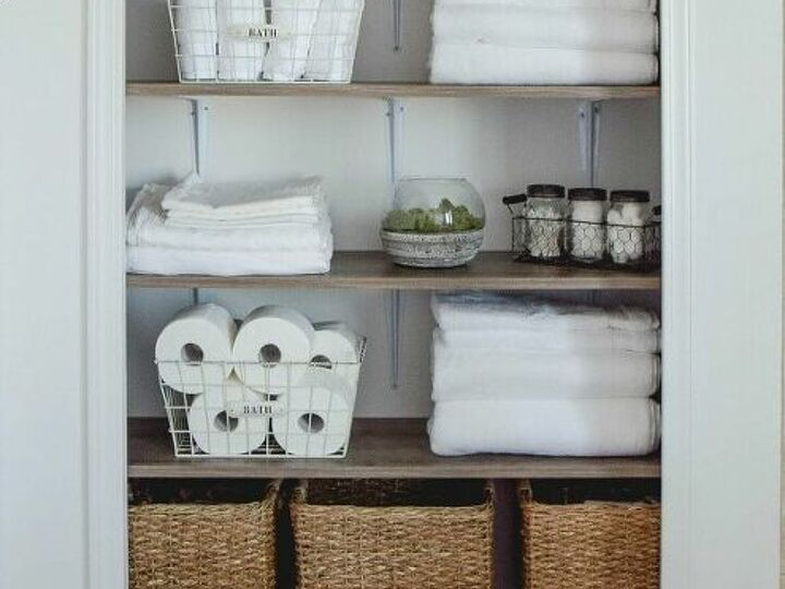 Ideas For The Best Bathroom Closets